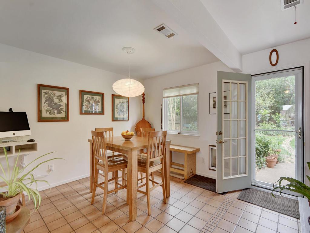 7704 Malvern Hill Ct-MLS_Size-013-25-Kitchen and Breakfast 05-1024x768-72dpi