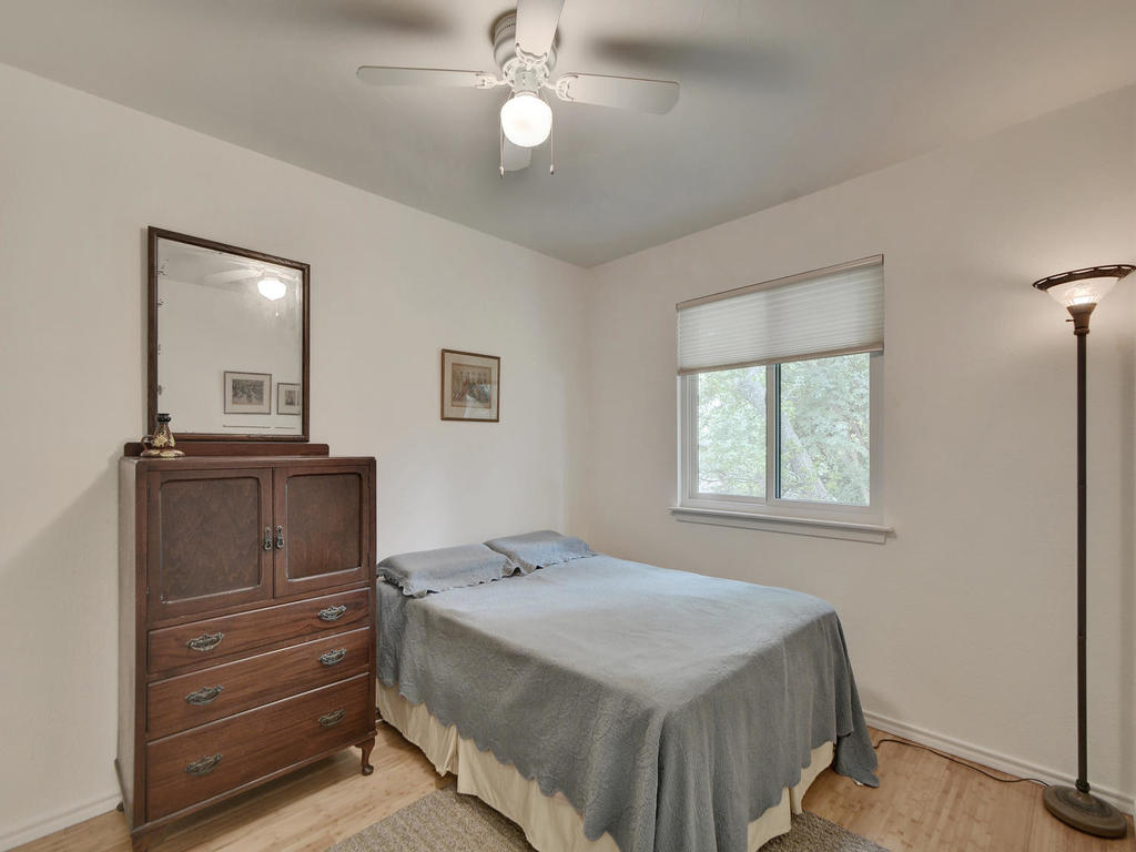7704 Malvern Hill Ct-MLS_Size-022-26-Other Bed 01-1024x768-72dpi
