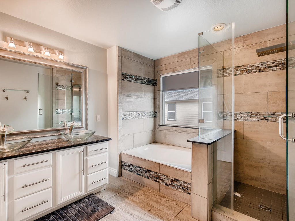 1217 Autumn Sage Way-019-4-2nd Floor Master Bathroom-MLS_Size