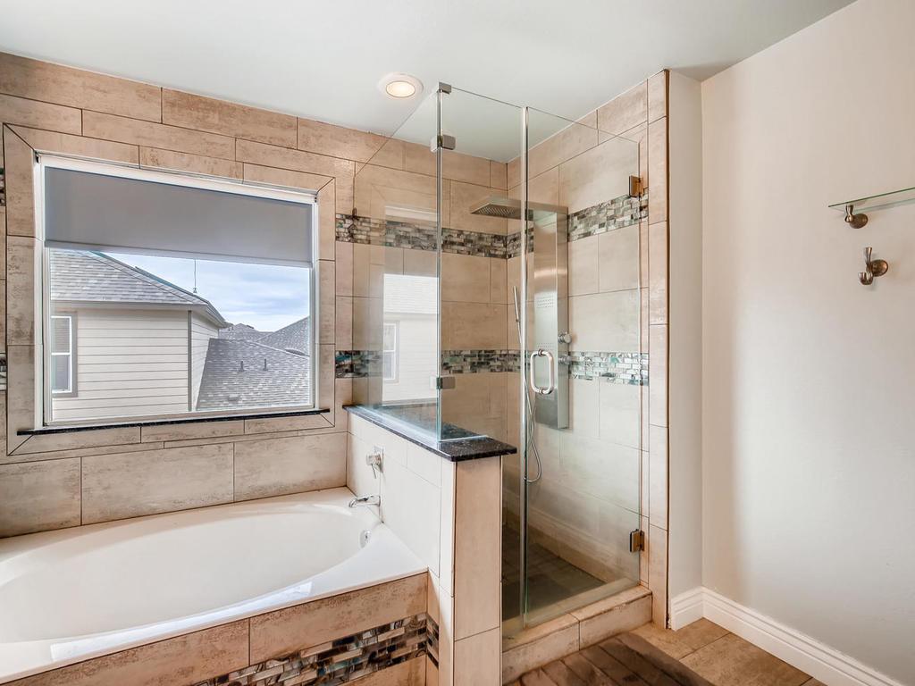 1217 Autumn Sage Way-021-10-2nd Floor Master Bathroom-MLS_Size