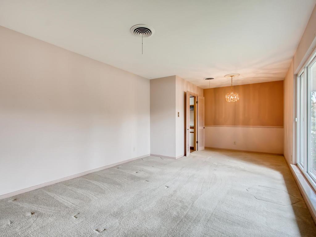 2725 Barton Skyway Austin TX-006-033-Living Room-MLS_Size