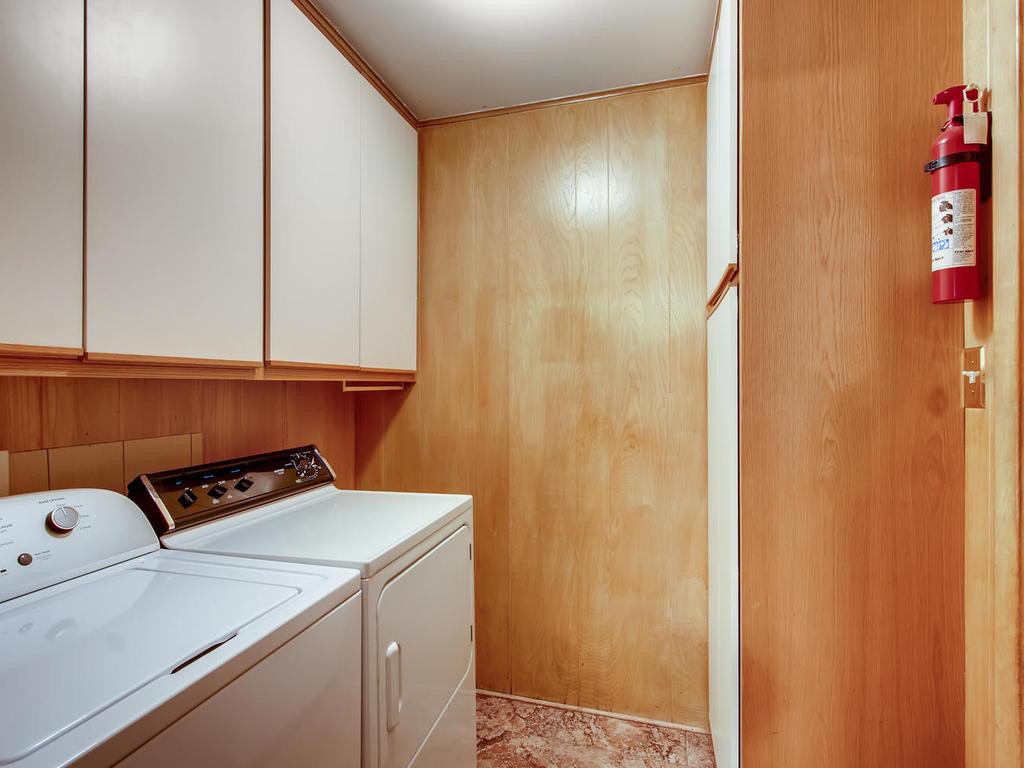 2725 Barton Skyway Austin TX-023-048-Laundry Room-MLS_Size