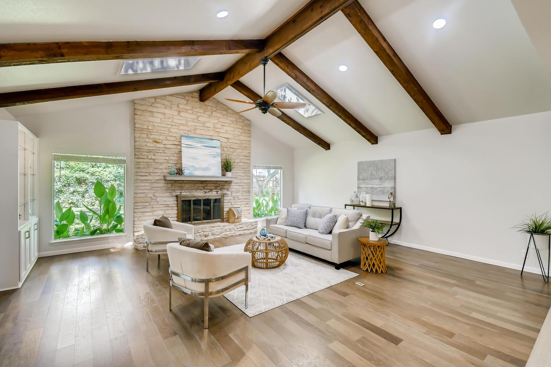 11902 Brookwood Circle Austin-large-005-002-Living Room-1500x1000-72dpi