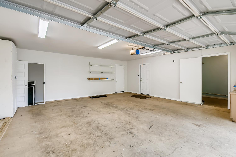 11902 Brookwood Circle Austin-large-024-024-Garage-1500x1000-72dpi