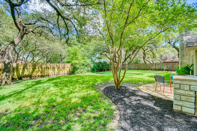 11902 Brookwood Circle Austin-large-026-028-Back Yard-1500x1000-72dpi