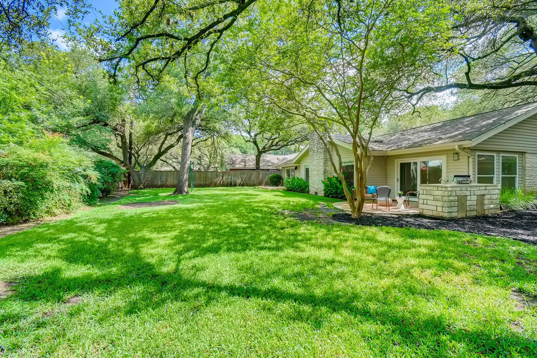 11902 Brookwood Circle Austin-large-027-017-Back Yard-1500x1000-72dpi