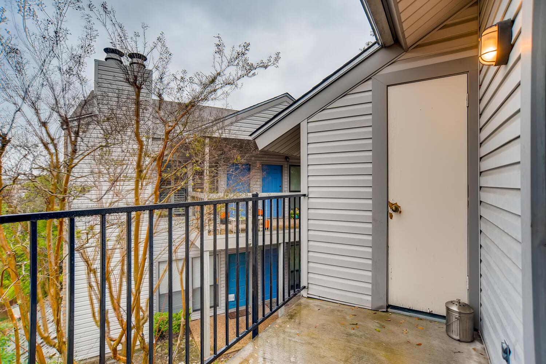 802 S 1st St Unit 205 Austin-large-025-028-Master Bedroom Balcony-1500x1000-72dpi